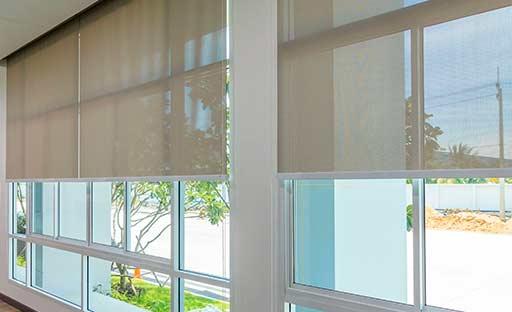 Estores y cortinas solares
